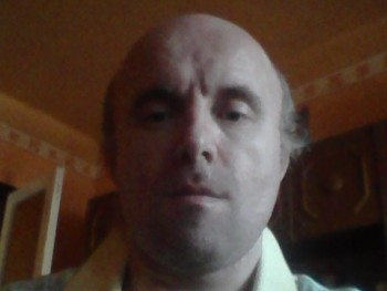 Csari Tamas 46 éves társkereső profilképe