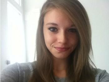 rekuus 21 éves társkereső profilképe