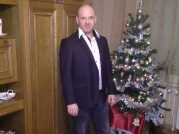 ronin 41 éves társkereső profilképe