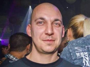 norbi381 37 éves társkereső profilképe