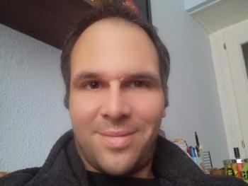 Matthew36 41 éves társkereső profilképe