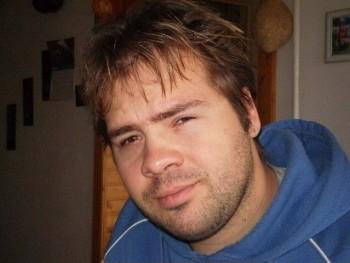 Lackó 38 42 éves társkereső profilképe