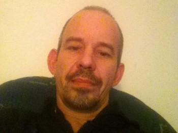 Henrik42 45 éves társkereső profilképe
