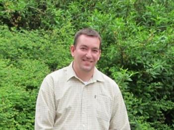 Zolee123 45 éves társkereső profilképe