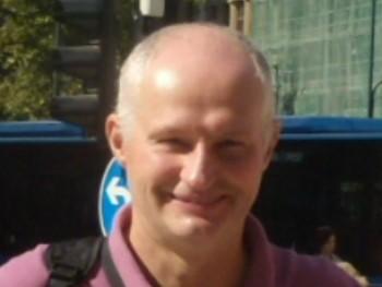 Gézaaa 58 éves társkereső profilképe