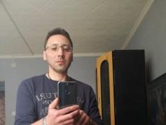 Karcsi74 - 46 éves társkereső fotója