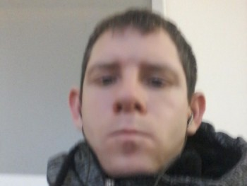 istvan zsirman 33 éves társkereső profilképe