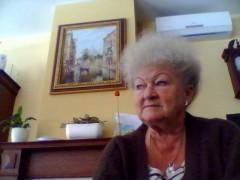 zsuzsa 1 - 73 éves társkereső fotója