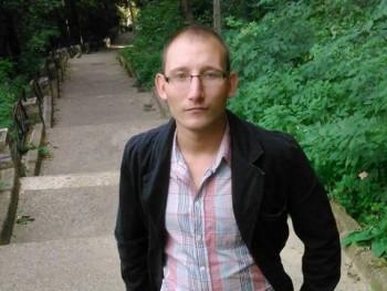 gábor91 29 éves társkereső profilképe