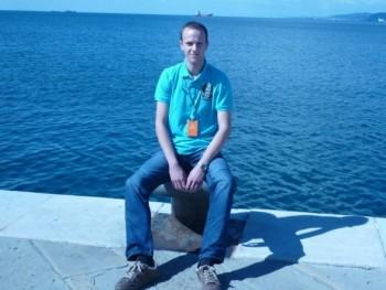 KFlórián 31 éves társkereső profilképe