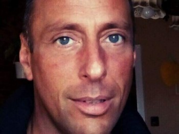 Zolee78 41 éves társkereső profilképe