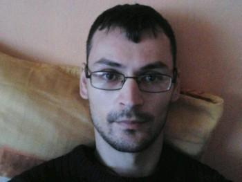 CsikiRoli 20 éves társkereső profilképe