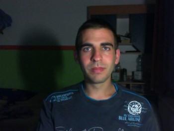 endrus112 26 éves társkereső profilképe