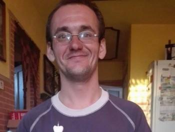 kisfóka 32 éves társkereső profilképe