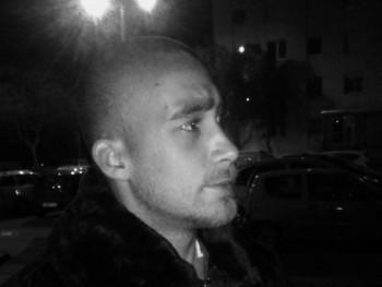FeketeFarkas96 24 éves társkereső profilképe