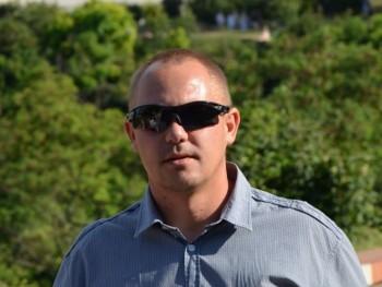 Karika84 36 éves társkereső profilképe