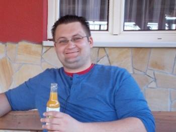 Sylvester29 33 éves társkereső profilképe