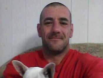 fekete lajos 43 éves társkereső profilképe