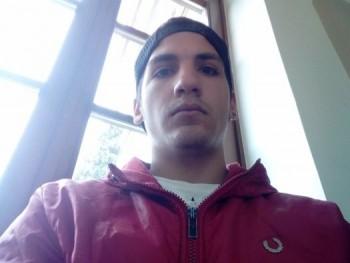 killerbe 21 éves társkereső profilképe