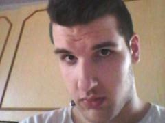 Kinet12 - 22 éves társkereső fotója