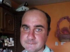 János81 - 38 éves társkereső fotója