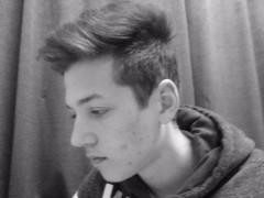 Bogesz - 21 éves társkereső fotója