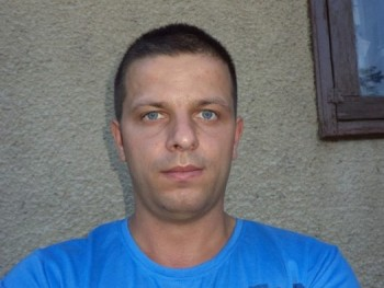 joek 33 éves társkereső profilképe