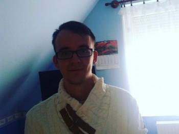 pblnt 24 éves társkereső profilképe