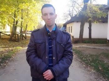 Tomi16 31 éves társkereső profilképe