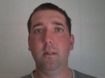 TraktorTom 29 éves társkereső profilképe