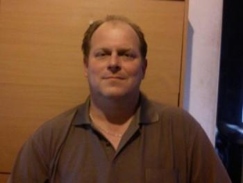 IMI MACI 49 éves társkereső profilképe