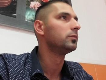 Vadász30 35 éves társkereső profilképe