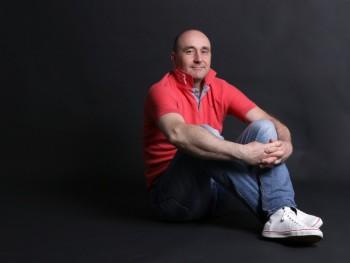 attila74 47 éves társkereső profilképe