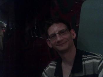 Attila szeged 39 éves társkereső profilképe