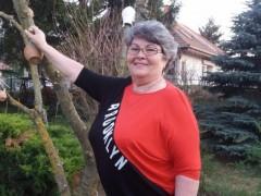 Ilona 54 - 66 éves társkereső fotója