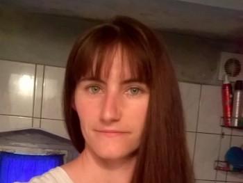 bardosteodora 29 éves társkereső profilképe