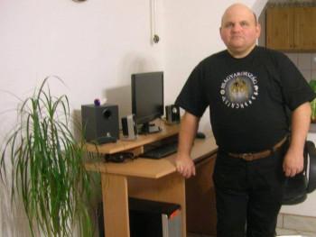 János71 49 éves társkereső profilképe