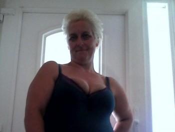 cica75 45 éves társkereső profilképe