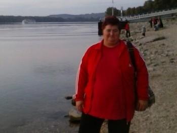 lindy46 49 éves társkereső profilképe