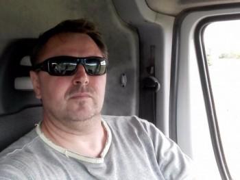 keresgélö 47 éves társkereső profilképe