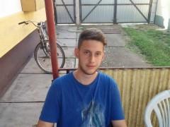 Bala98 - 21 éves társkereső fotója