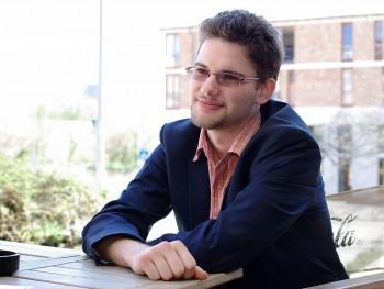 markoth007 28 éves társkereső profilképe