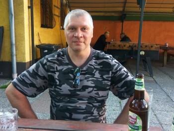 pestipisti 51 éves társkereső profilképe