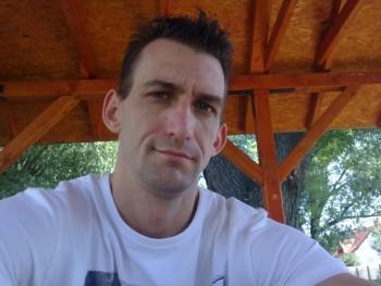 TigrisG33 39 éves társkereső profilképe