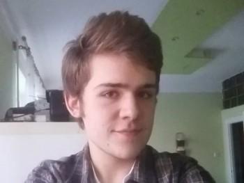 Tomi0212 20 éves társkereső profilképe