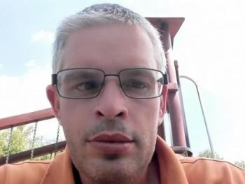 Alex123077 43 éves társkereső profilképe
