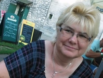 mutika 53 éves társkereső profilképe
