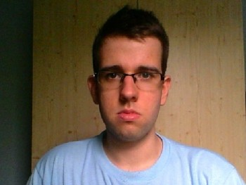 Sötétvégzet 23 éves társkereső profilképe