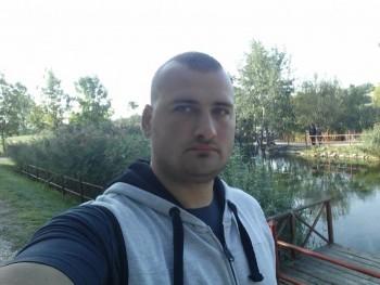 Husika 33 éves társkereső profilképe