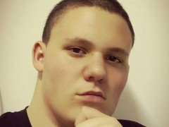 Dominik16 - 19 éves társkereső fotója